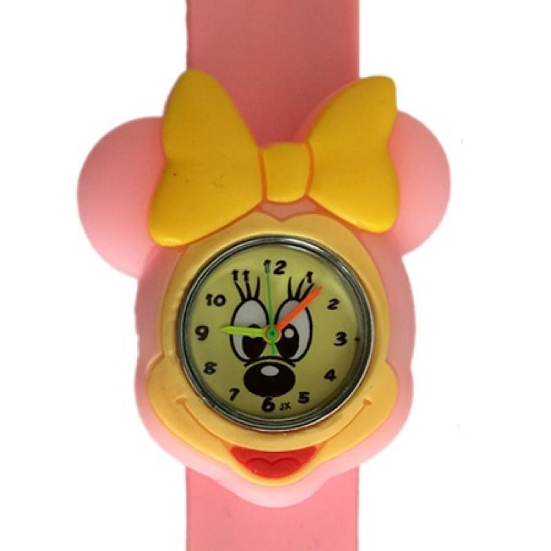 Minnie mouse horloge 2